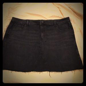 Black jean skirt size 20